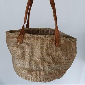 Vtg Woven Straw Shoulder Bag Leather Straps